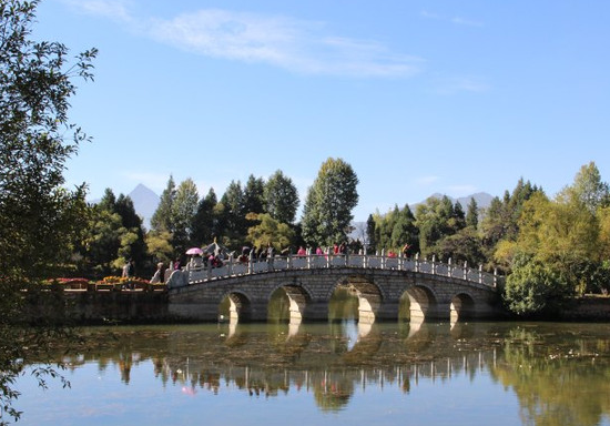 黑龙潭公园